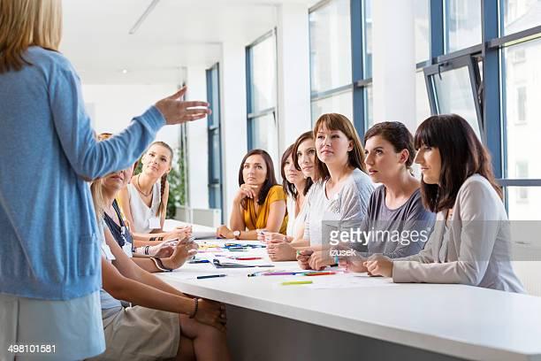 Gruppo di donne alla formazione