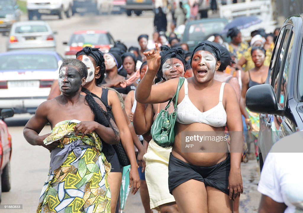 A group of women from an opposition committee took to the streets in Libreville on October 14 2009 to oppose the Constitutional Court ruling on...