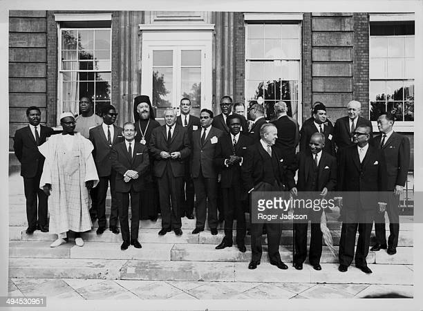 A group photograph from the Commonwealth Prime Ministers Conference including Harold Wilson Lee Kuan Yew Harold Holt Tunju Abdul Rahman Hastings...