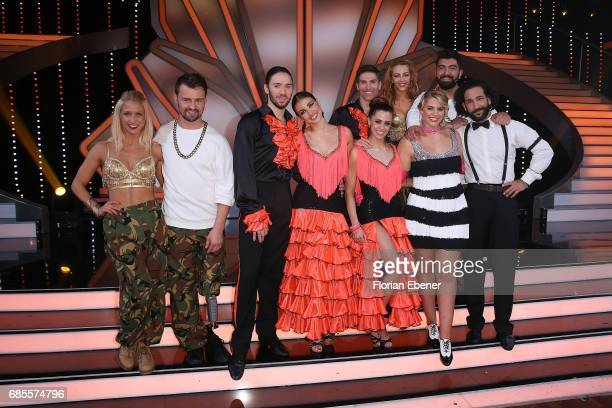 Group picture of all competitors on stage after the 9th show of the tenth season of the television competition 'Let's Dance' on May 19 2017 in...