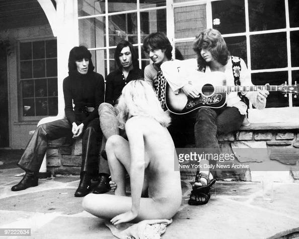 A groupie one of the girls who orbit around rock stars sheds her clothes and inhibitions to join the Rolling Stones