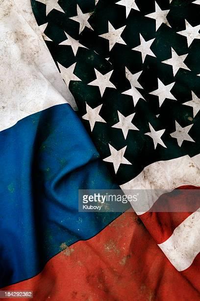 Bandiere grunge della Repubblica russa e Stati Uniti