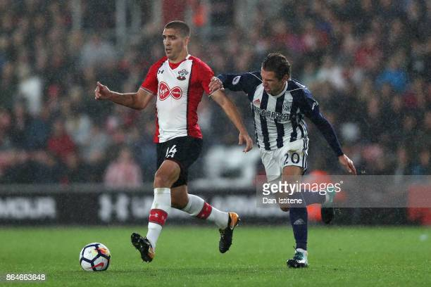 Grzegorz Krychowiak of West Bromwich Albion chases down Oriol Romeu of Southampton during the Premier League match between Southampton and West...