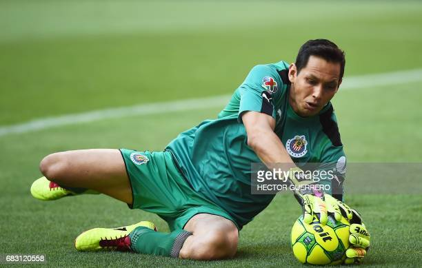 Guadalajara's goalkeeper Rodolfo Cota catches the ball during the second leg quarterfinal football match of the Mexican Clausura tournament against...