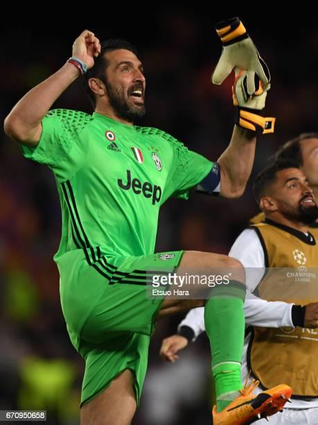Guanluigi Buffon of Juventus celebrates going through to semi final after the UEFA Champions League Quarter Final second leg match between FC...