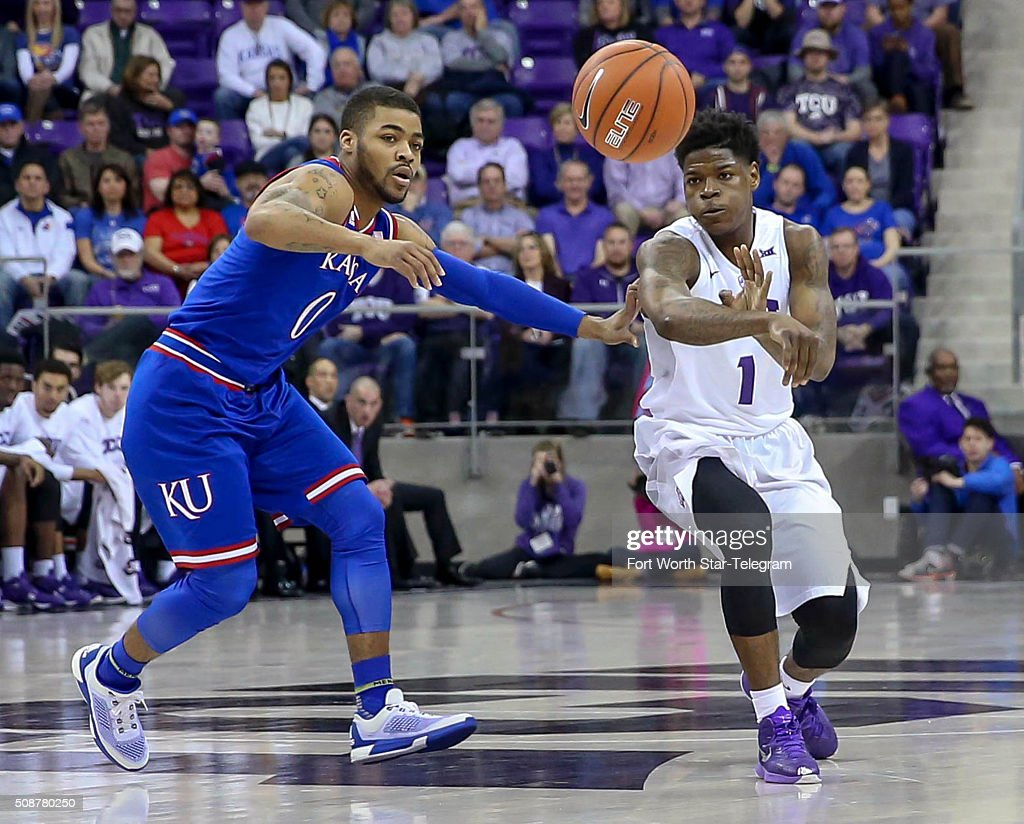 TCU guard Chauncey Collins (1) tries to get off a pass against Kansas guard Frank Mason III (0) during the first half on Saturday, Feb. 6, 2016, at Schollmaier Arena in Fort Worth, Texas.