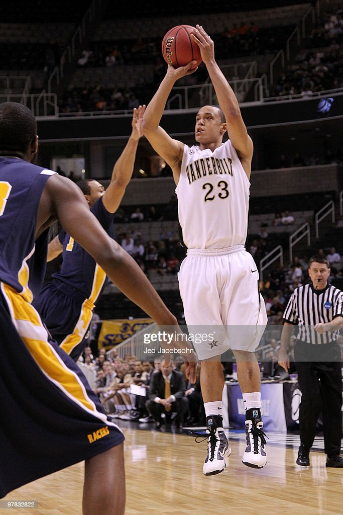 Guard John Jenkins of the Vanderbilt Commodores takes a shot against the Murray State Racers during the first round of the 2010 NCAA men�s basketball...