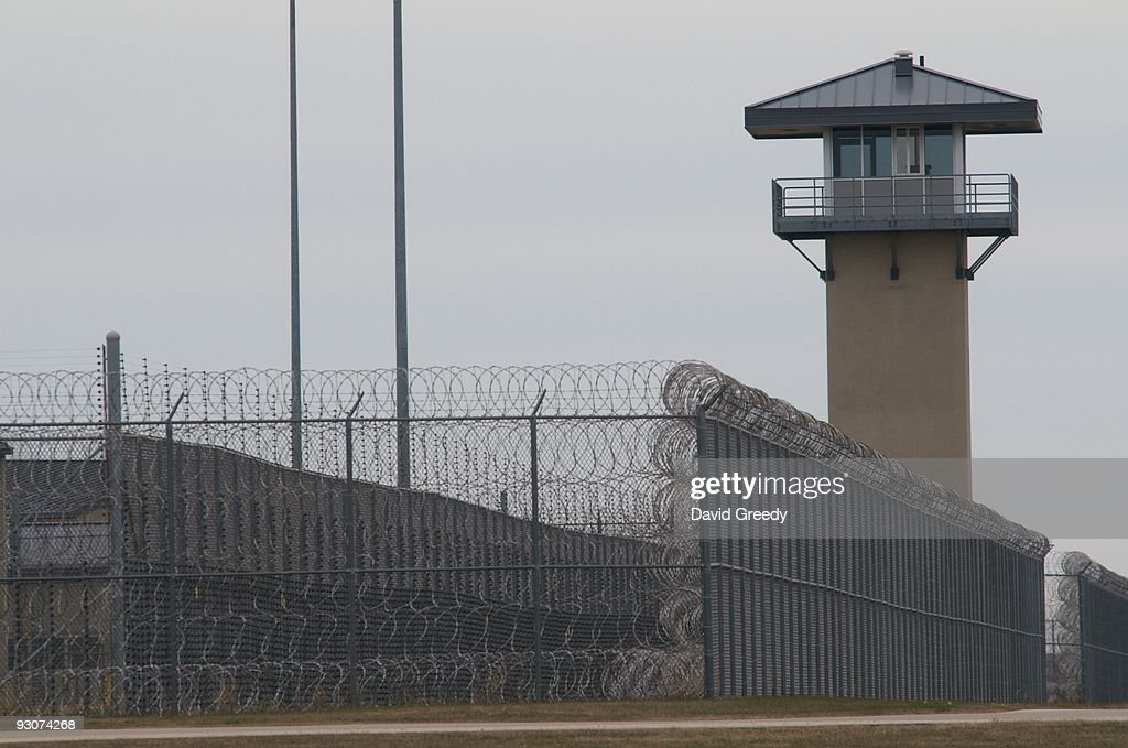 A guard tower and prison yard remains empty at the Thomson Correctional Center on November 15 2009 in Thomson Illinois The closed prison facility is...