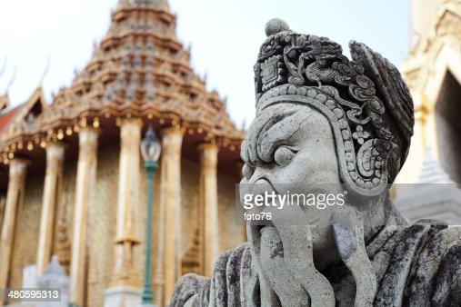 Guardian statue (yak) at wat phra kaeo, Bangkok : Stock Photo