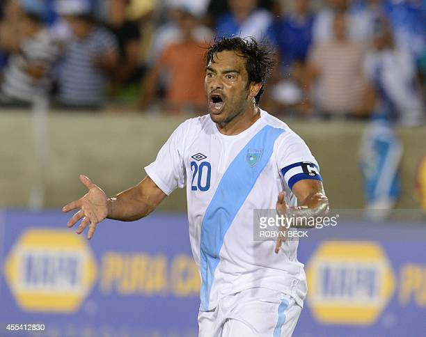 Guatemala's Carlos Ruiz reacts after an unsuccessful goal attempt against Costa Rica in the football final of the Central American Cup Tigo 2014 at...