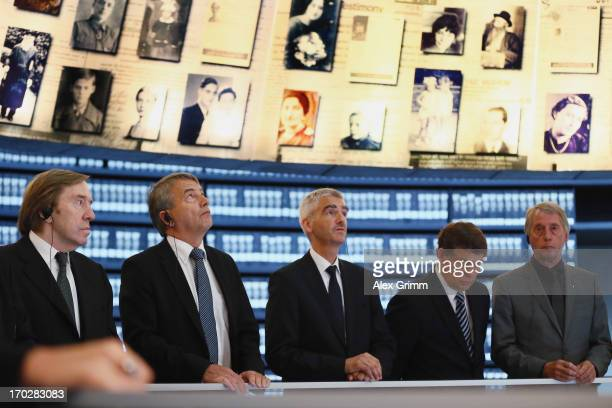 Guenther Netzer DFB President Wolfgang Niersbach Stefan Hans Otto Rehagel and Rolf Hocke attend a visit of the German delegation Yad Vashem on June...
