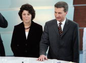 Guenther Oettinger state governor of BadenWuerttemberg and top candidate of the CDU stands next to Ute Vogt top candidate of the SPD after their...