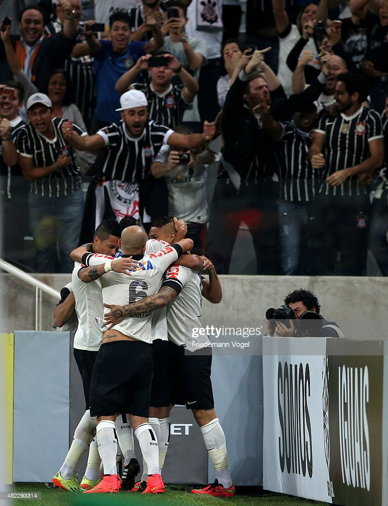 Guerrero (R) of Corinthians celebrates scoring the second goal with his team during the match between Corinthians and Internacional for the Brazilian Series A 2014 at Arena Corinthians on July 17, 2014 in Sao Paulo, Brazil.