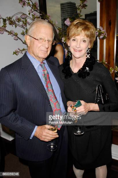 Guest and Jacqueline Weld Drake attend PAOLO COSTAGLI and TOWN AND COUNTRY Host a Cocktail Party to Benefit CASITA MARIA at Paolo Costagli on May 6...