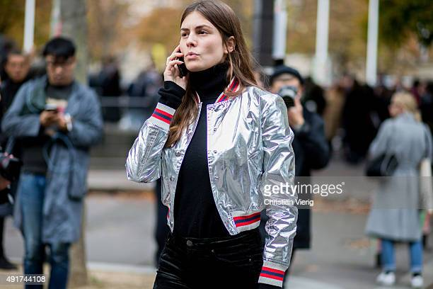 A guest at Miu Miu during the Paris Fashion Week Womenswear Spring/Summer 2016 on Oktober 7 2015 in Paris France