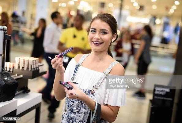 Guest attend the NYX Professional Makeup Store Garden State Plaza Store Photos College Night on September 22 2016 in Paramus New Jersey