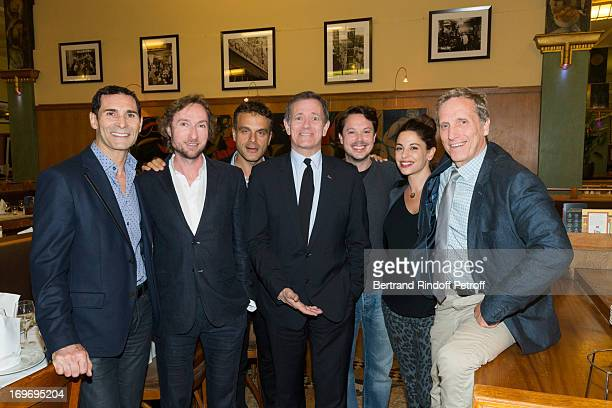 Guest CEO of the theater Bruno Metzger director Steve Suissa comedian Francis Huster comedian Davy Sardou with his pregnant wife Noemie Elbaz and...
