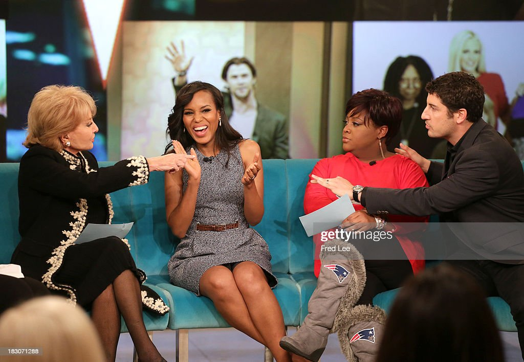 THE VIEW - Guest co-host Jason Biggs welcomes Kerry Washington and Andie MacDowell to 'THE VIEW,' 10/3/13 (11:00 a.m. - 12:00 noon, ET) airing on the ABC Television Network. BIGGS
