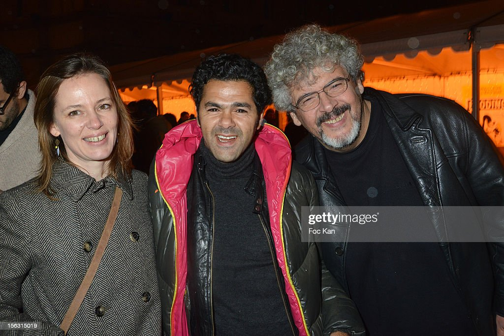 A guest, <a gi-track='captionPersonalityLinkClicked' href=/galleries/search?phrase=Jamel+Debbouze&family=editorial&specificpeople=606837 ng-click='$event.stopPropagation()'>Jamel Debbouze</a> and Bernard Zekri attend the Fooding Awards 2013 - New Guide Launch And Celebration at Les Beaux-Arts de Paris on November 12, 2012 in Paris, France.