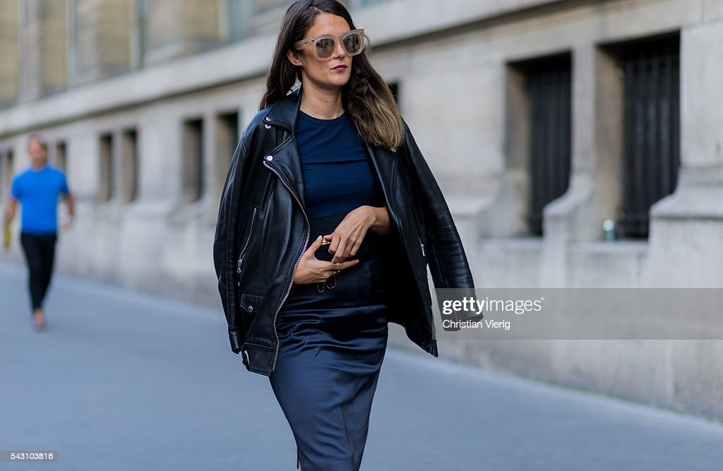 A guest outside Hermes during the Paris Fashion Week Menswear Spring/Summer 2017 on June 25, 2016 in Paris, France.