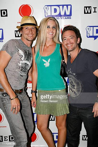 Guest Sarah Foster and David Faustino at the Circle of Confusion and IDW ComicCon Party at the Omni Hotel in San Diego California