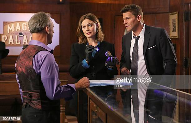 Guest star Jay Thomas Emily Deschanel and David Boreanaz in the 'The Promise in the Palace' episode of BONES airing Thursday Nov 12 on FOX