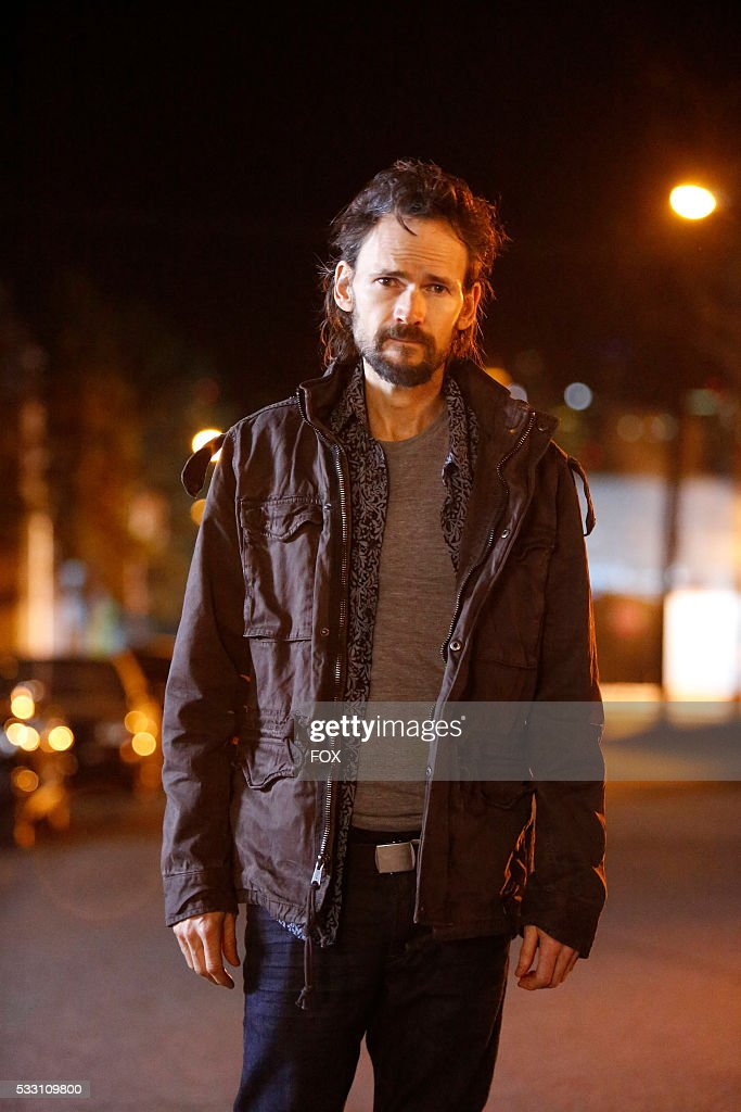 Guest star Jeremy Davies in the Lucifer, Stay. Good Devil episode of LUCIFER airing Monday, Feb. 1 (9:00-10:00 PM ET/PT) on FOX.