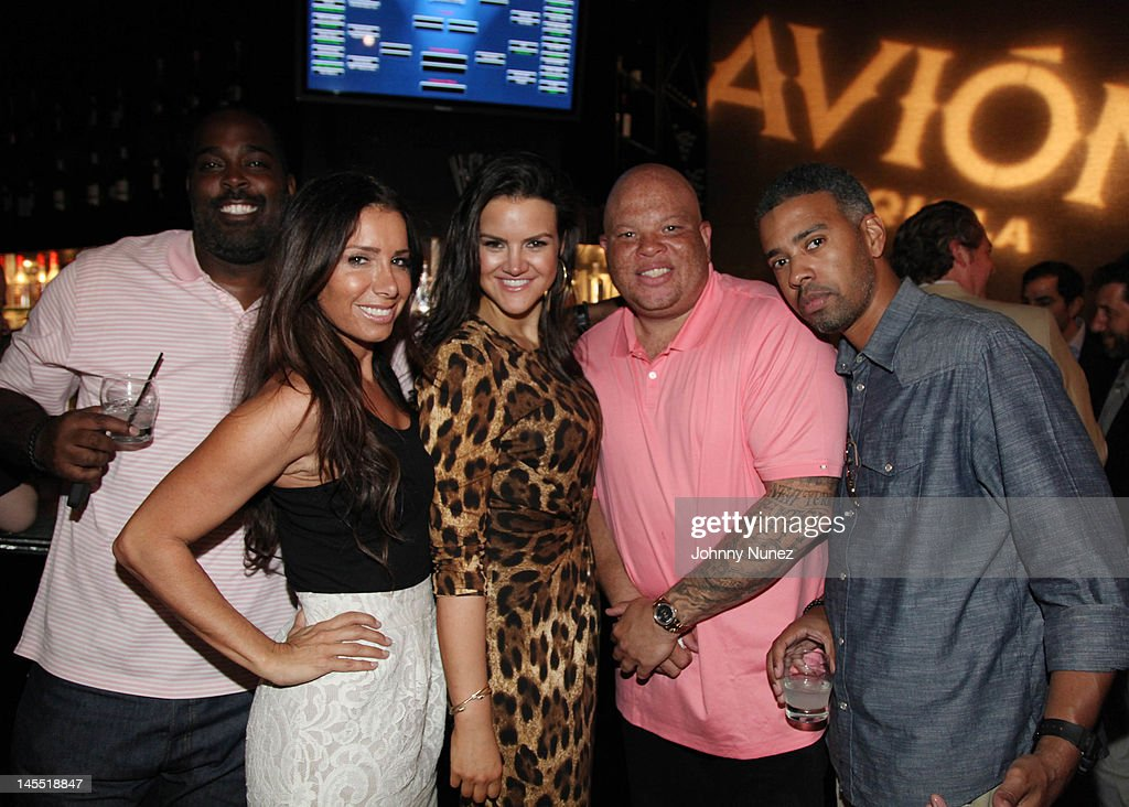 Guest, Tammy Brooke, Shauna Brook, Shawn 'Pecas' Costner and Eddie Blackmon attend the NY Giants Justin Tuck 4th Annual celebrity billiards tournament at Slate NYC on May 31, 2012 in New York City.
