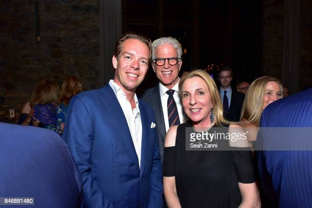 Guest Ted Danson and Susan Rockefeller attend the Oceana New York Gala at Blue Hill at Stone Barns on September 13 2017 in Tarrytown New York
