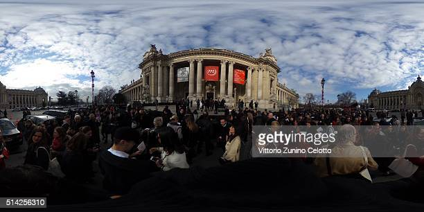 Guests are seen arriving for the Chanel fashion show during Paris Fashion Week Womenswear Fall Winter 2016/2017 at Grand Palais on March 8 2016 in...