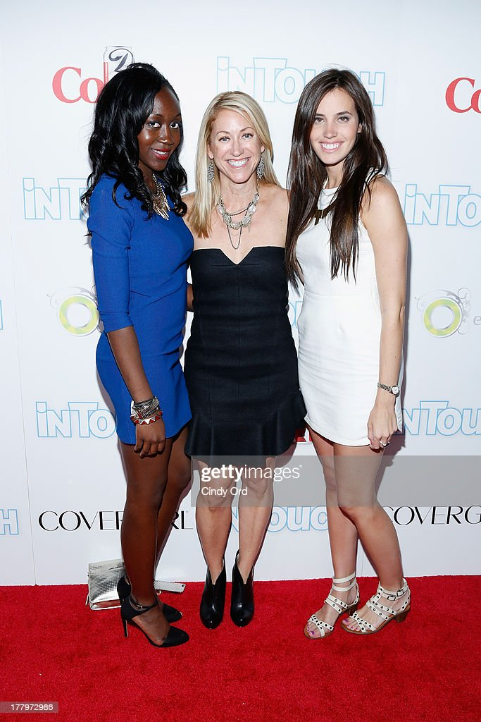 Guests arrive at Intouch Weekly's 'ICONS & IDOLS Party' at FINALE Nightclub on August 25, 2013 in New York City.