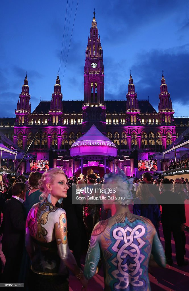 Guests arrive on the Magenta Carpet during the Life Ball 2013 at City Hall on May 25, 2013 in Vienna, Austria.