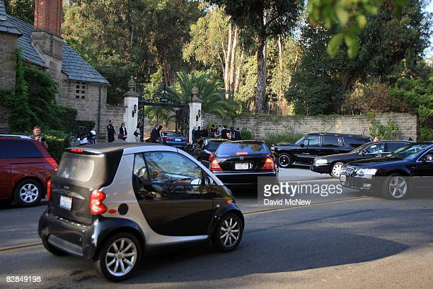 Guests arrive to Greystone Estate for a $28500 per person dinner for Democratic presidential candidate Sen Barack Obama on September 16 2008 in...