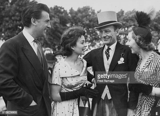 Guests at a Theatrical Garden Party Stewart Granger Jean Simmons John Gielgud and Gertrude Lawrence Roehampton Club England May 31st 1949