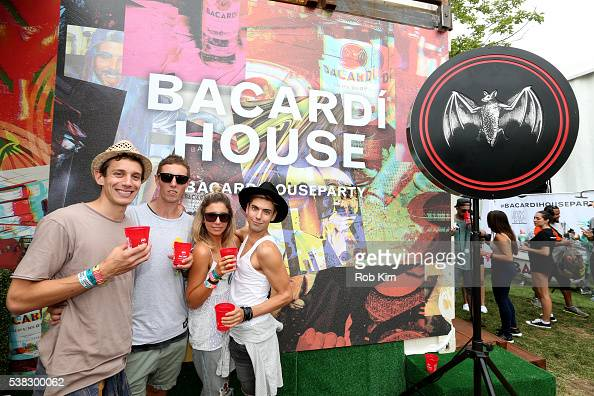Bacardi presents the bacardi untameable house party at for Classic house party songs
