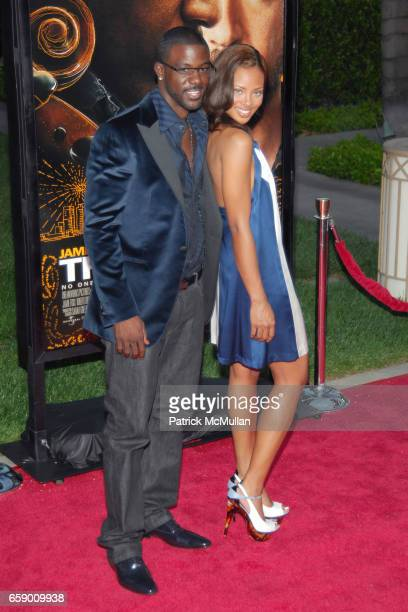 Guests attend LOS ANGELES PREMIERE OF 'THE SOLOIST' at PARAMOUNT THEATRE on April 20 2009 in HOLLYWOOD CA