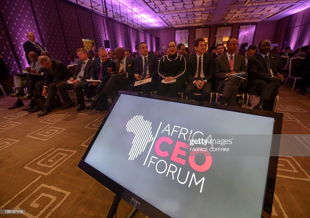 Guests attend on November 21, 2012 the 'What development strategies should African companies employ?' plenary session at the first Africa CEO Forum in Geneva. AFP PHOTO / FABRICE COFFRINI