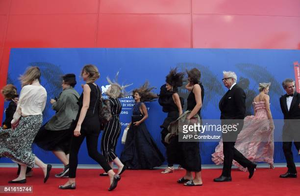 Guests attend the 'Franca Sozzani Award' during the 74th Venice Film Festival on September 1 2017 at Venice Lido / AFP PHOTO / Tiziana FABI