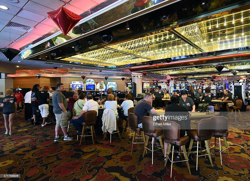 Riviera casino romania free shuttle chicago horseshoe casino