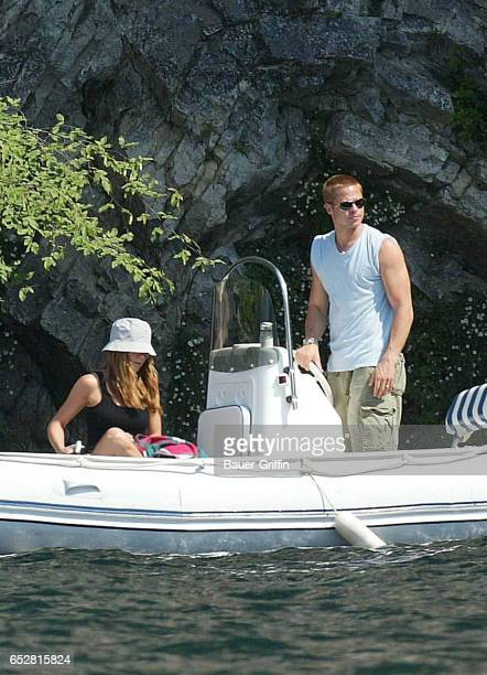Guests of honor of the prestigious George Clooney's house Brad Pitt invited his wife Jennifer Aniston for a romantic visit on the Come Lake The...