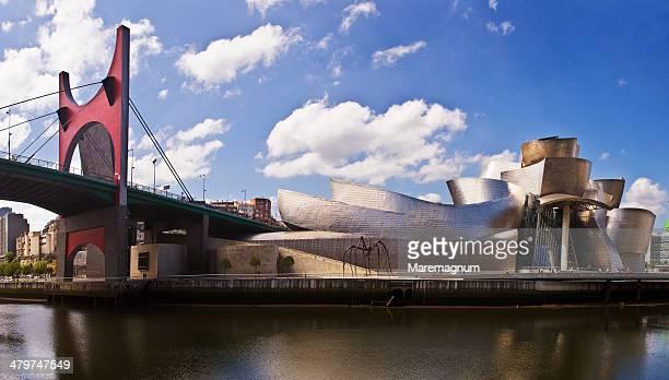 Guggenheim Museum and Principes de Espana bridge