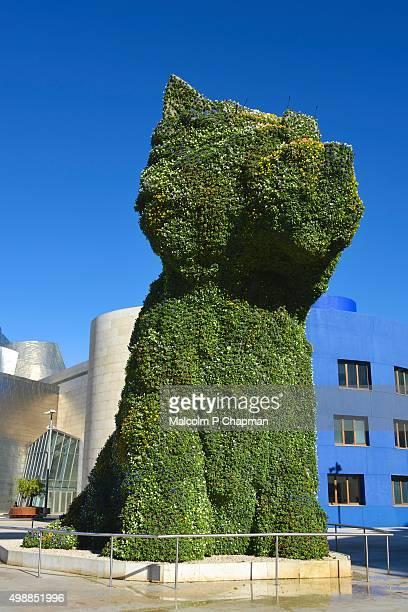Guggenheim Museum Bilbao, Puppy by Jeff Koons
