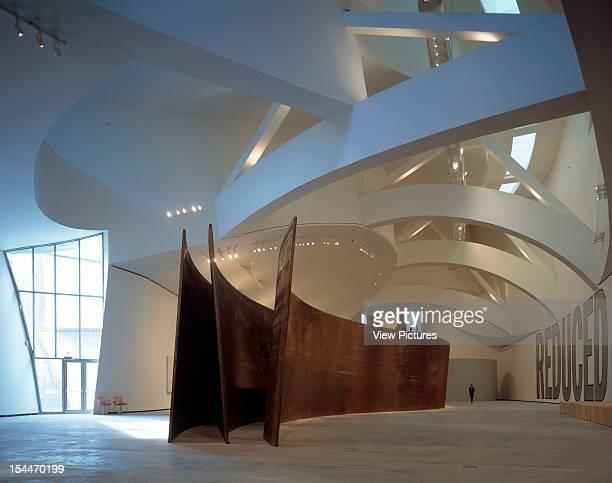 Guggenheim Museum Bilbao Spain Architect Frank Gehry Guggenheim Museum Interior Curving Forms
