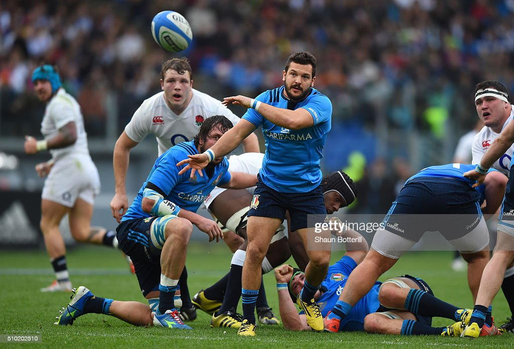 Guglielmo Palazzani of Italy passes the ball during the RBS Six Nations match between Italy and England at the Stadio Olimpico on February 14, 2016 in Rome, Italy.