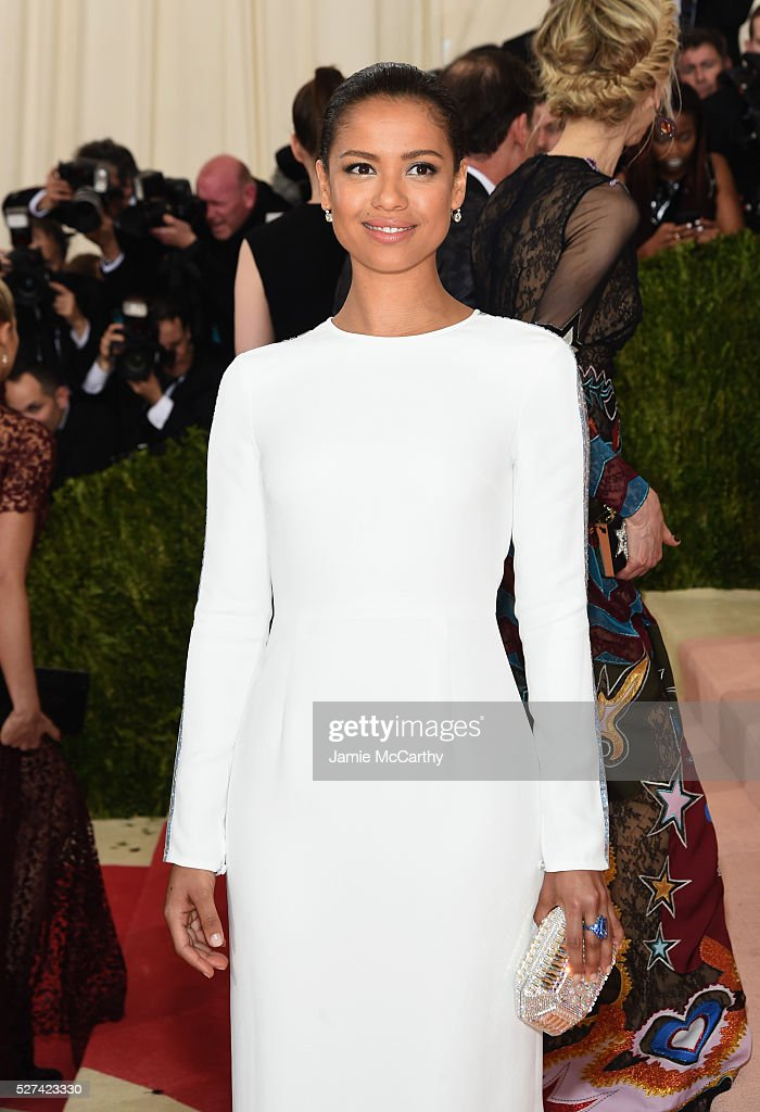 <a gi-track='captionPersonalityLinkClicked' href=/galleries/search?phrase=Gugu+Mbatha-Raw&family=editorial&specificpeople=5897973 ng-click='$event.stopPropagation()'>Gugu Mbatha-Raw</a> attends the 'Manus x Machina: Fashion In An Age Of Technology' Costume Institute Gala at Metropolitan Museum of Art on May 2, 2016 in New York City.