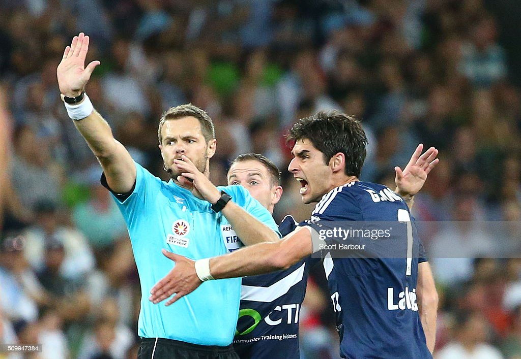 Gui Finkler of the Victory argues with referee Chris Beath after his free kick went over the goal line but the goal was not allowed during the round 19 A-League match between Melbourne City FC and Melbourne Victory at AAMI Park on February 13, 2016 in Melbourne, Australia.