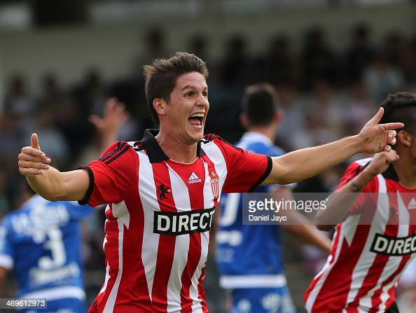 Guido Carrillo of Estudiantes celebrates after scoring during a match between All Boys and Estudiantes as part of Torneo Final 2014 at Malvinas...