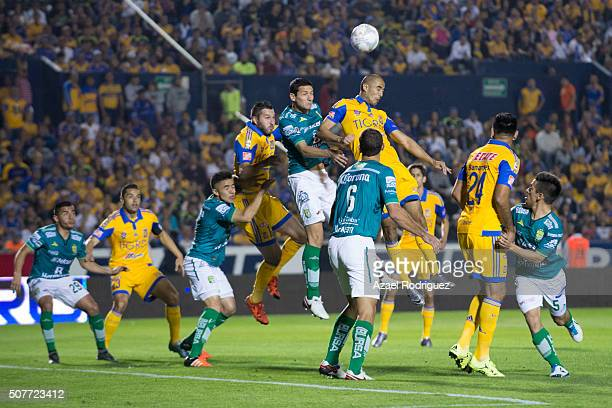 Guido Pizarro of Tigres heads the ball during the fourth round match between Tigres and Leon as part of the Clausura 2016 Liga MX at Universitario...