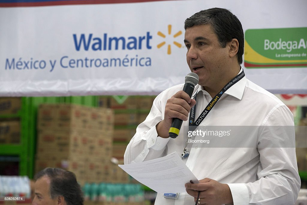 Guilherme Loureiro, chief executive officer of Wal-Mart de Mexico SAB, speaks during an event at a Bodega Aurrera store, the discount chain owned by Wal-Mart Stores Inc., in Naucalpan de Juarez, Mexico, on Wednesday, May 4, 2016. Wal-Mart de Mexico SAB reported first-quarter results last week that beat analysts estimates, the most recent sign of growth for Mexican companies this earnings season. Photographer: Susana Gonzalez/Bloomberg via Getty Images