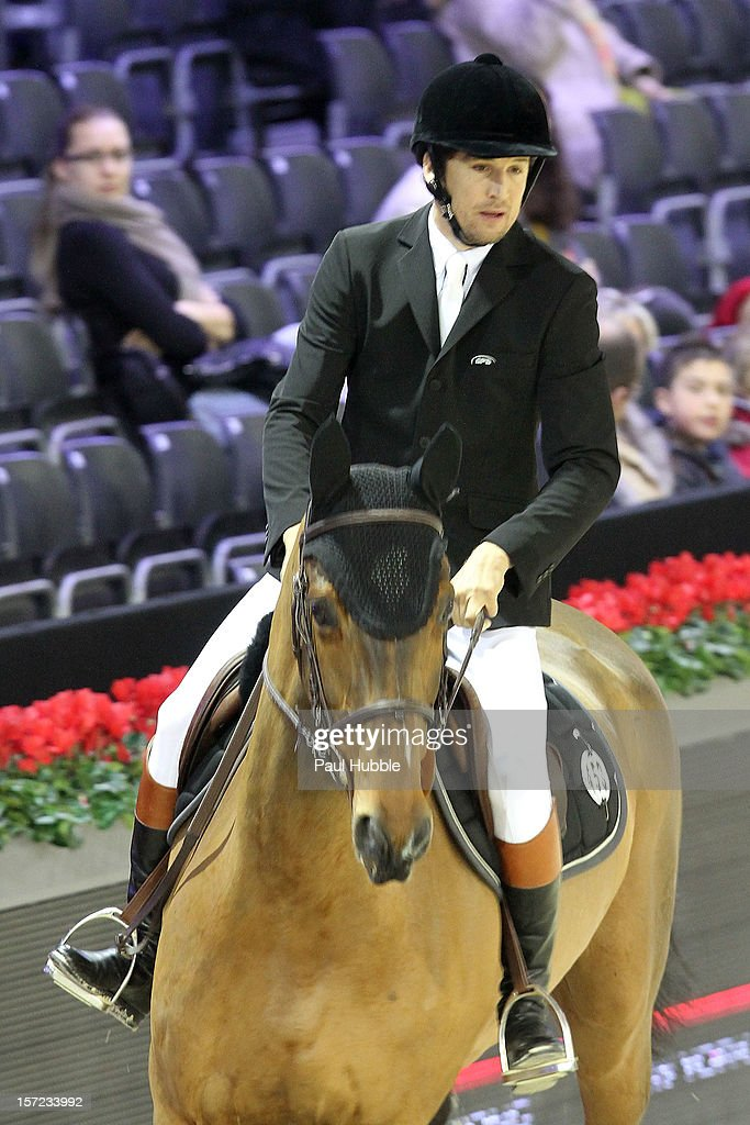 Guillaume Canet is sighted at the Gucci Paris Masters 2012 at Paris Nord Villepinte on November 30, 2012 in Paris, France.
